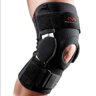 McDavid 429X Black Knee Lutut Brace With Polycentric Hinges And Cross Straps Alat Pelindung