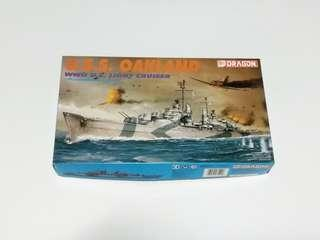 USS Oakland 1/700  Dragon