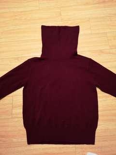 Uniqlo 100% cashmere turtleneck sweaters XS