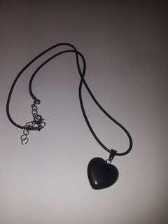 Agate heart shape stone with leather necklace