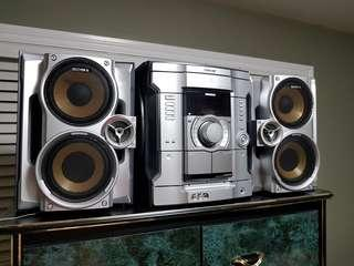 MOVING SALE : Sony stereo system