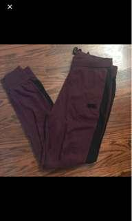 Roots trackpant