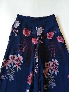 ZARA Woman Wide-Leg Floral PrintedTrousers w Vents