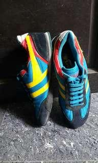 Gola blue rubber shoes