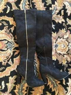 Over the knee boots size 7/8