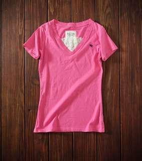 美國Abercrombie & Fitch(A&F)粉紅色蕾絲V領棉t