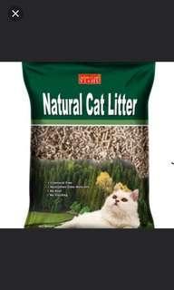 Cat litter pine