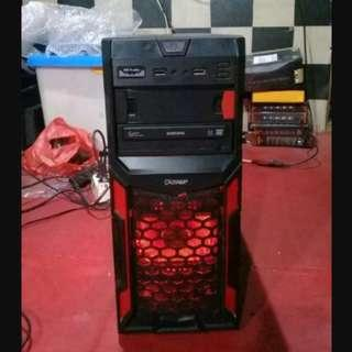 pc cpu komputer gaming include monitor layarnya