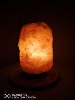 Authentic Himalayan Salt Lamp 3-4 kg