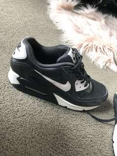 Black and white nike air max