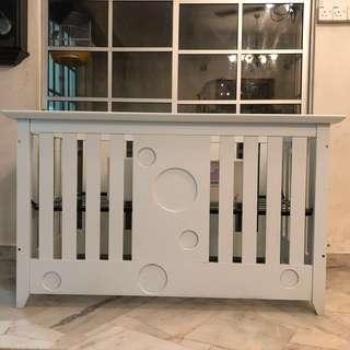 🆕SOLID WOOD BABY COT