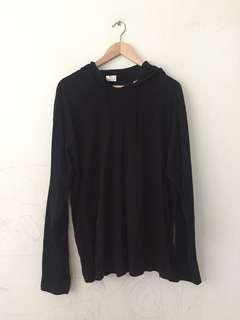 Black sweater #MidSep50