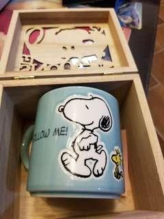 全新 絕版 Snoopy 杯 連木盒