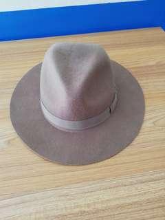 🚚 UNIQLO 羊毛帽