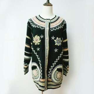 黑底彩色刺繡古著針織毛衣外套