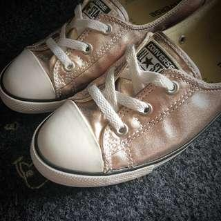 🚚 Converse CTAS Women Ballet Lace Rose Gold Canvas