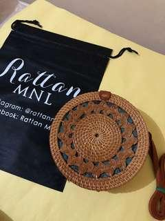 On hand! 20cm Rattan bag with braided design ~ Leather clip 🌼