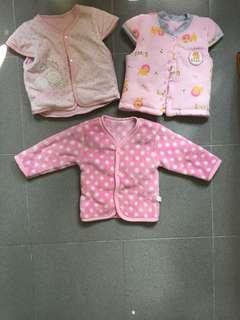 二手毛毛的嬰幼兒外套三件