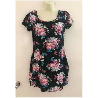 Size 12 Ladies girl express mini dress / tunic Black with flowers