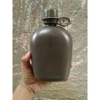botol minum tentara jadu