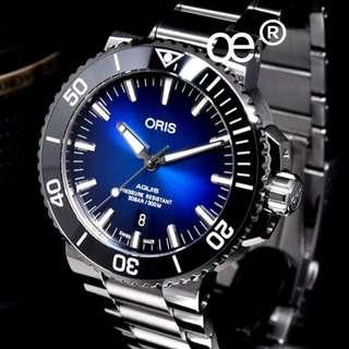 Oris Aquis Date Sunburst Blue dial Automatic 43.5mm