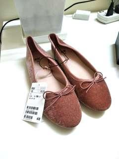 H&M velvet pink flats for with ribbon