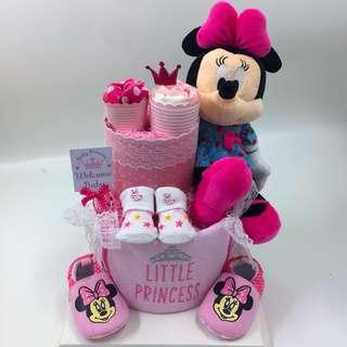 Ready stock! Large Minnie's Diaper Cake