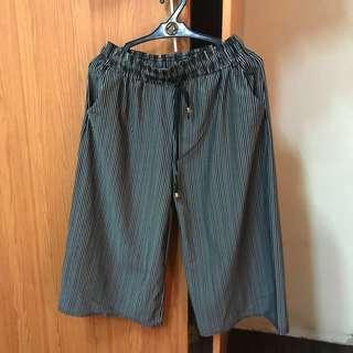 Preloved stripe square pants