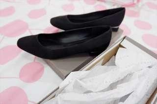 Charles & Keith - Black Heels Pump