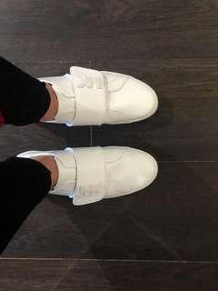 Brand New Michael Kors Leather Sneakers