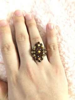 Cincin pesta coklat gold