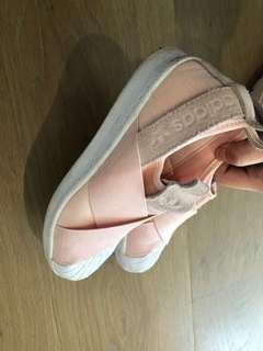 Adidas pink shoes us6