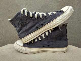 Converse Specialty Vintage Ripped