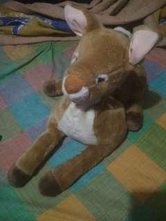 Boneka rusa sedang