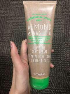 Bath and body works almond vanilla olive oil body cream