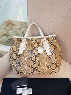 Prada BR4120 Pitone+Cervo ❤️BIG SALE P38k ONLY❤️ In excellent condition With dustbag and card Swipe for detailed pics  Cash/layaway accepted #luxonlinephprada