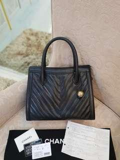"""ChanelVintage Chevron Quilted Caviar Leather Tote Bag (RARE) ❤BIG SALE P98k ONLY❤ In excellent condition  With dustbag cards reciept and hologram intact  Measures 13"""" Length x 10.5 Height x 4"""" Depth Swipe for detailed pics  Cash/card/layaway accepted"""
