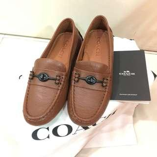 Coach loafer in brown
