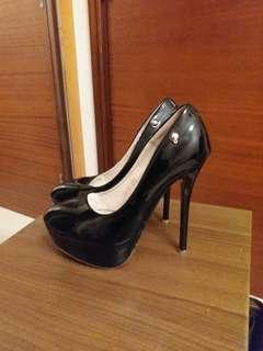 黑色厚底高跟鞋