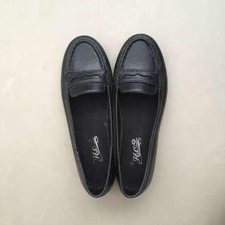 Palmira Loafers
