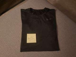 Used Twice 100% Authentic Nike Training top Retail $54