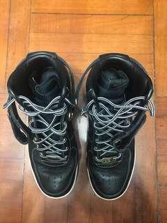 Nike Air Force One Hi 黑金 皮版