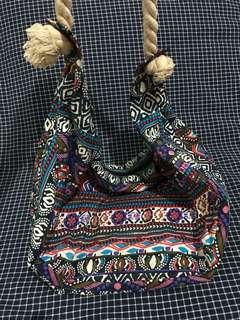 Terranova Aztec Zipper Beach Bag