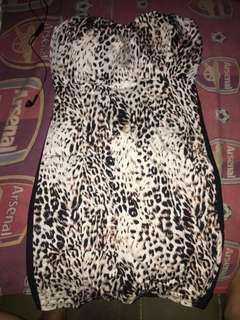 Dress leopard,blumbpernah dipake