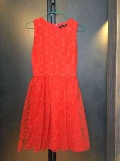 🚚 ZARAWOMAN夏日紅色蕾絲短洋裝