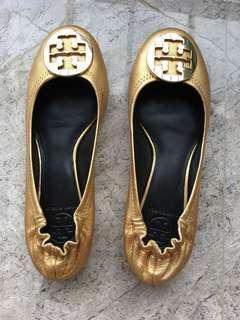 🚚 TORYBURCH金色平底娃娃鞋