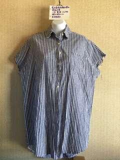 🚚 藍色直條紋襯衫罩衫外套大碼