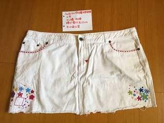 🚚 Surfer Girl刺繡白色短裙大碼