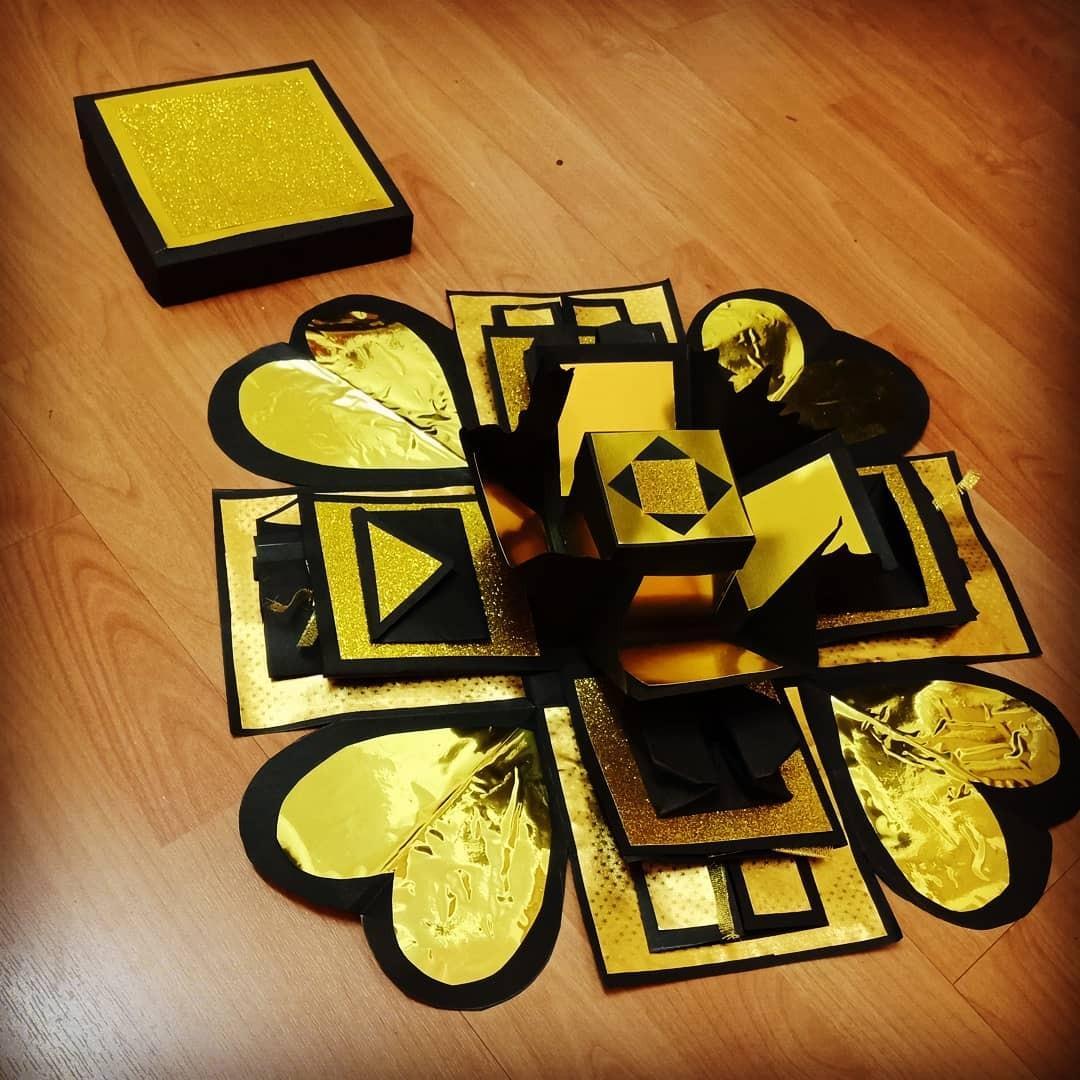 Black gold 3 layer explosion box
