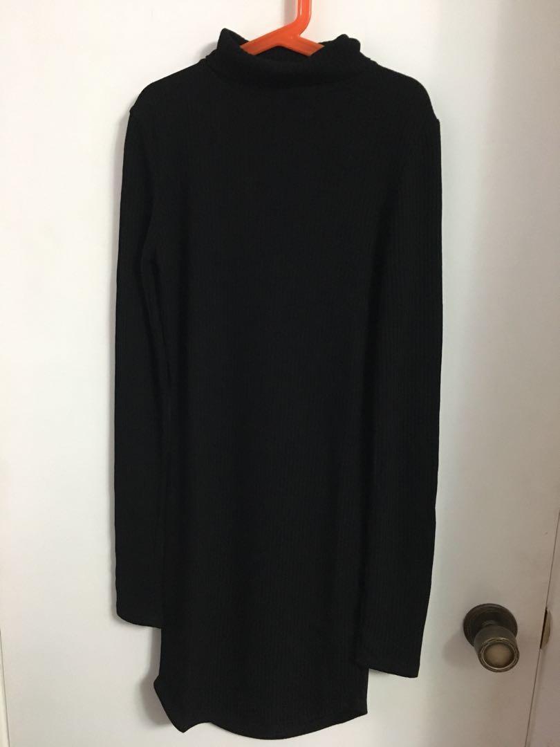 Black turtleneck bodycon dress from sirens